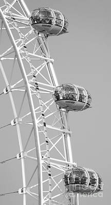 Photograph - London Eye by Chris Dutton