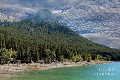 Maligne Lake Jasper Alberta Art Print