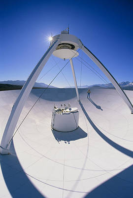 Vlba Photograph - Man On A Vlba Radio Telescope, Owens Valley, Usa by David Nunuk