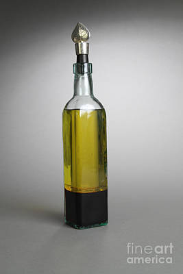 Oil And Vinegar Art Print by Photo Researchers
