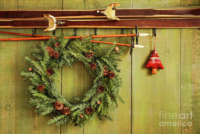 Old Pair Of Skis Hanging With Wreath Print by Sandra Cunningham