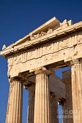 Photograph - Parthenon by Brian Jannsen