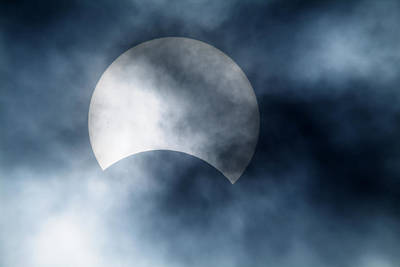 Partial Solar Eclipse, Germany, 29/03/06 Print by Detlev Van Ravenswaay