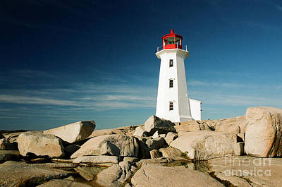 Photograph - Peggy's Cove Lighthouse by Frank Townsley