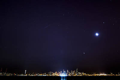 Perseid Meteor In Seattle Art Print by Yoshiki Nakamura