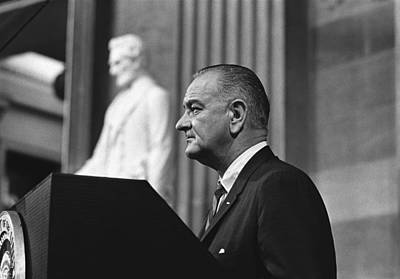 Lyndon Photograph - President Lyndon Johnson Speaking by Everett