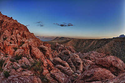 Red Rock Sunset Art Print by Rick Berk