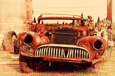 Photograph - Rusty Old American Car . 7d10343 by Wingsdomain Art and Photography