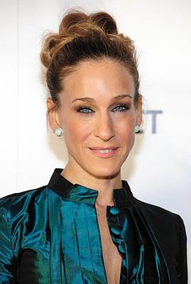Hair Bun Photograph - Sarah Jessica Parker At Arrivals by Everett