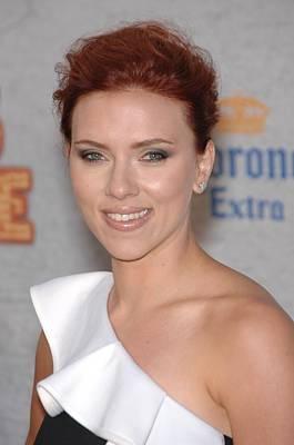 Scarlett Johansson At Arrivals Art Print by Everett