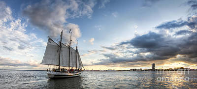 Schooner Pride Sunset Charleston Sc Art Print