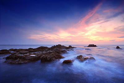 Seascape Art Print by Teerapat Pattanasoponpong