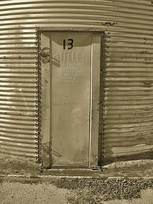 Photograph - Silo by Amber Hennessey