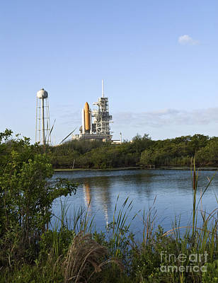 Space Shuttle Atlantis Sits Ready Print by Stocktrek Images