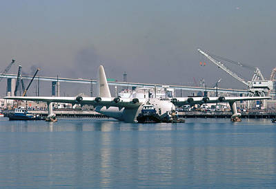 Spruce Goose Photograph - Spruce Goose Floating In Harbor October 29 1981 by Brian Lockett