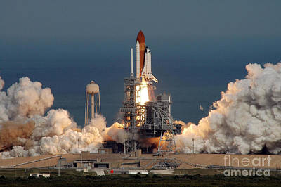 Sts-122 Launch Art Print by Nasa