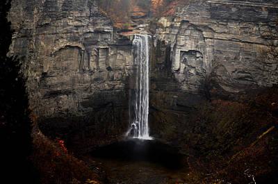 Photograph - Taughannok Falls by Richard Ortolano