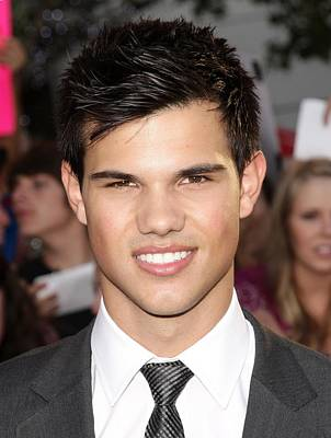 Taylor Lautner At Arrivals For The Art Print