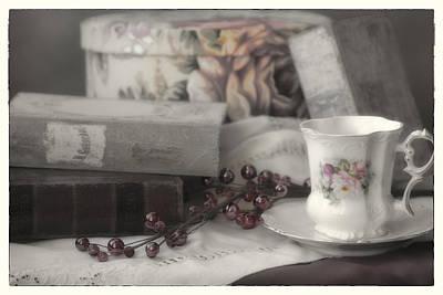Linda Dunn Photograph - Tea And Gulliver by Linda Dunn