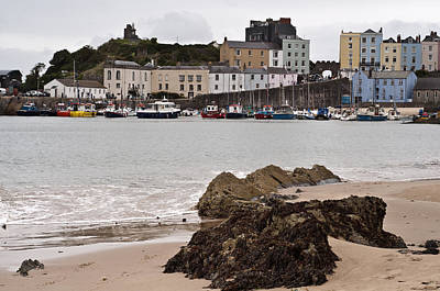 Airport Maps - Tenby Harbour from North Beach by Steve Purnell