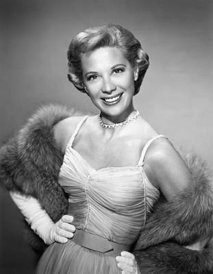 1950s Portraits Photograph - The Dinah Shore Chevy Show Aka The by Everett