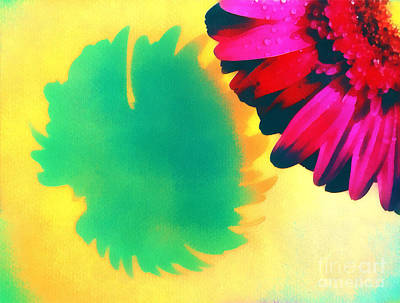 Gold Lame Painting - The Gerbera by Odon Czintos