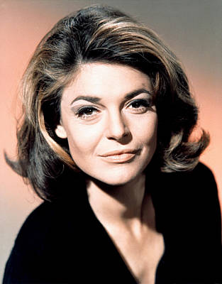 1967 Movies Photograph - The Graduate, Anne Bancroft, 1967 by Everett
