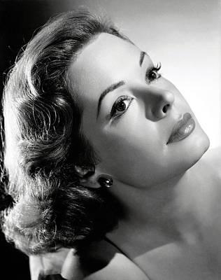 1952 Movies Photograph - The Prisoner Of Zenda, Jane Greer, 1952 by Everett