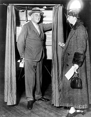 Ballot Wall Art - Photograph - The Roosevelts Voting by Granger
