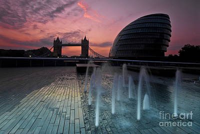 Photograph - Tower Bridge Sunrise by Donald Davis