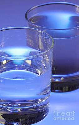 Photograph - Two Glasses Of Water by Photo Researchers