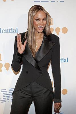 Tyra Photograph - Tyra Banks Wearing A Georges Chakra by Everett