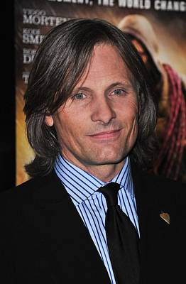 Viggo Mortensen At Arrivals For The Print by Everett