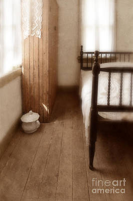Chamber Pot Photograph - Vintage Bedroom by Jill Battaglia