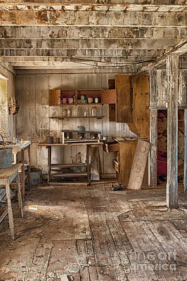 Abandoned Structures Photograph - Vulture Mine by Sandra Bronstein