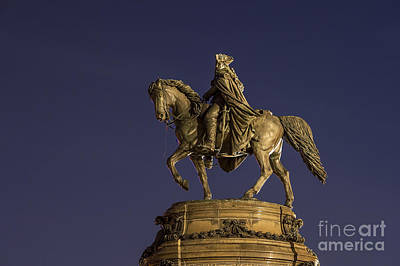 Washington Monument Sculpture  Art Print by John Greim