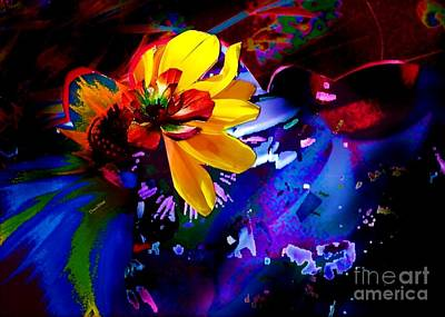 Digital Art - Yellow Flower by Doris Wood