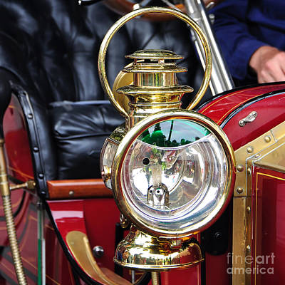 Stanleys Steamers Photograph - 1907 Stanley Steamer - Lantern by Kaye Menner