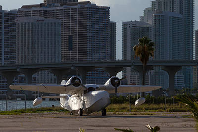 Photograph - 1941 Grumman Goose At Miami by Ed Gleichman