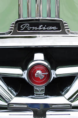 Photograph - 1951 Pontiac Streamliner Grille Emblem by Jill Reger