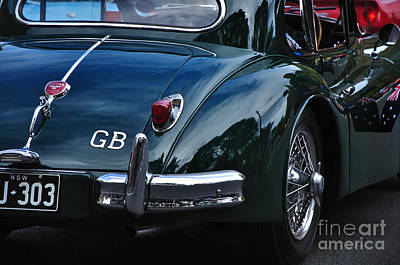 1956 Jaguar Xk 140 - Rear And Emblem Art Print by Kaye Menner