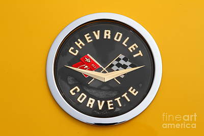 Domestic Cars Photograph - 1958 Chevrolet Corvette Emblem 7d15161 by Wingsdomain Art and Photography