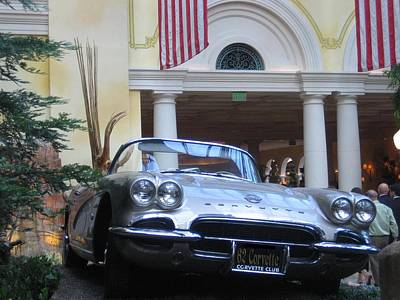 Photograph - 1962 Corvette by John Shiron