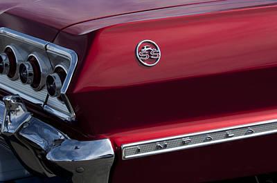 1963 Chevrolet Impala Ss Taillight Art Print by Jill Reger