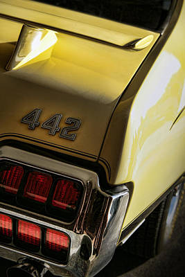 Photograph - 1972 Oldsmobile 442 by Gordon Dean II