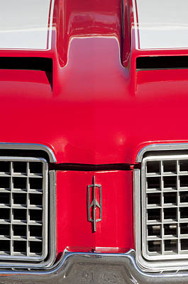 Photograph - 1972 Oldsmobile Grille Emblem by Jill Reger