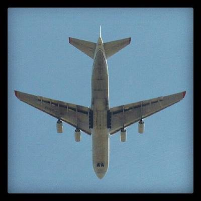 Gears Wall Art - Photograph - Aeroplane Descent by Dan Slade