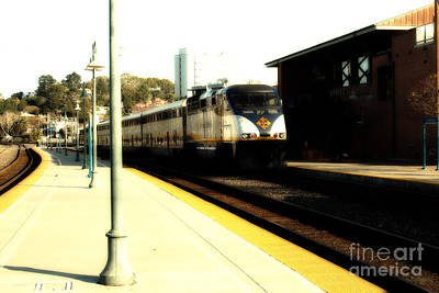 Photograph - Amtrak Train At The Martinez California Train Station . 7d10495 by Wingsdomain Art and Photography