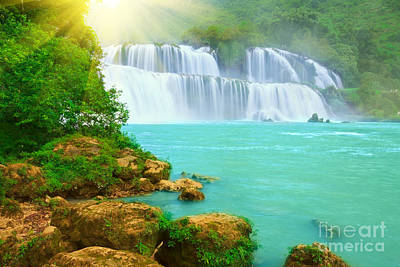 Detian Waterfall Art Print by MotHaiBaPhoto Prints
