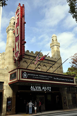 Photograph - Fox Theater by Andrew Dinh